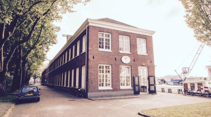 De Scheepskameel Amsterdam restaurant terras